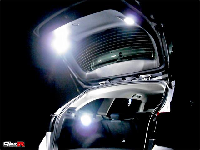 写真:レヴォーグVM#系専用 LEDバックドアランプセット