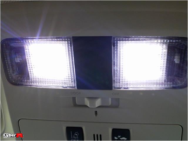 写真:レヴォーグVM#系用LEDフロントマップランプ